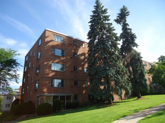 Park Washington Apartments